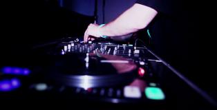 7 Mauvais conseils pour choisir votre DJ